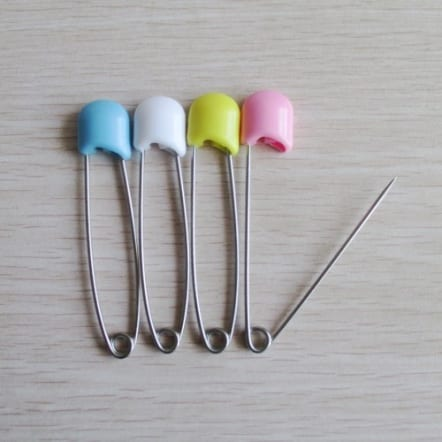 Flat head adult nappy pins